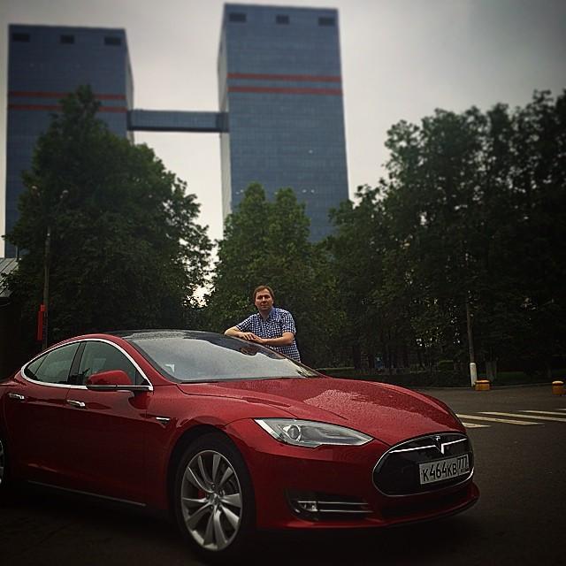 Дмитрий Гришин Mail.ru Tesla
