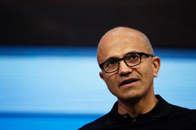 Генеральный директор Microsoft Сатья Наделла на конференции Build Conference в апреле