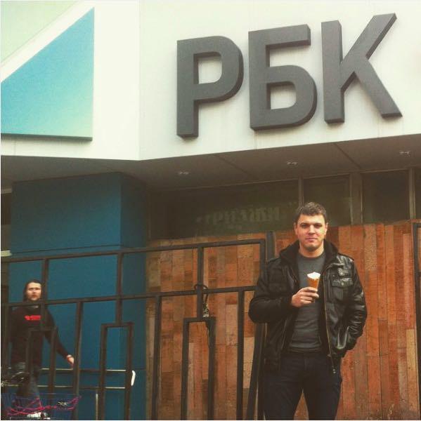 Синодов выходит из РБК