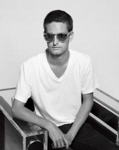 Эван Шпигель, CEO Snapchat. Фото — Карл Лагерфельд для WSJ